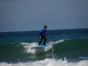 Escuela de surf llanes. clases de surf