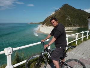 Alquiler de bicicletas en Llanes. Playa de San Antolin. Escuela de surf llanes